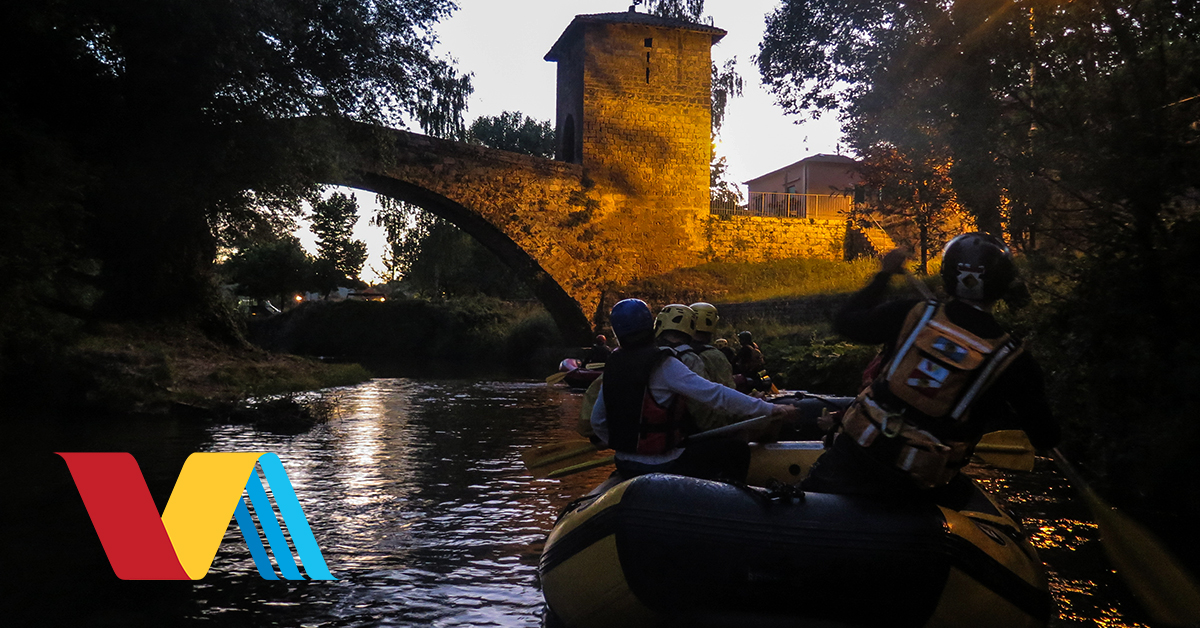 Rafting sotto le stelle: discesa rafting notturna con aperitivo